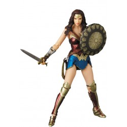 Wonder Woman MAFEX Actionfigur Wonder Woman (16 cm)