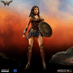 DC Comics Actionfigur One:12 Wonder Woman (17 cm)