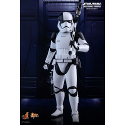 Star Wars Episode VIII Movie Masterpiece Actionfigur 1/6 Executioner Trooper (30 cm)