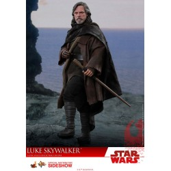 Star Wars Episode VIII Hot Toys 1/6 Movie Masterpiece Actionfigur Luke Skywalker (29 cm)