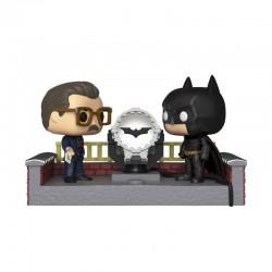 Batman's 80th POP! Movie Moment Vinyl Figur Batman with Light Up Bat Signal (10 cm)